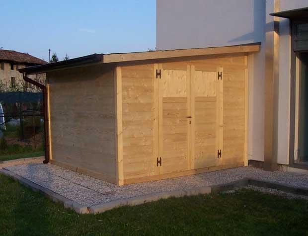 Casetta di legno 3x3 con doppia porta e tetto ad una falda