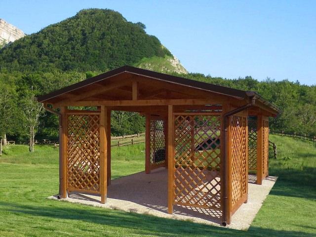 Casetta in legno per uso barbecue - Edil Legno