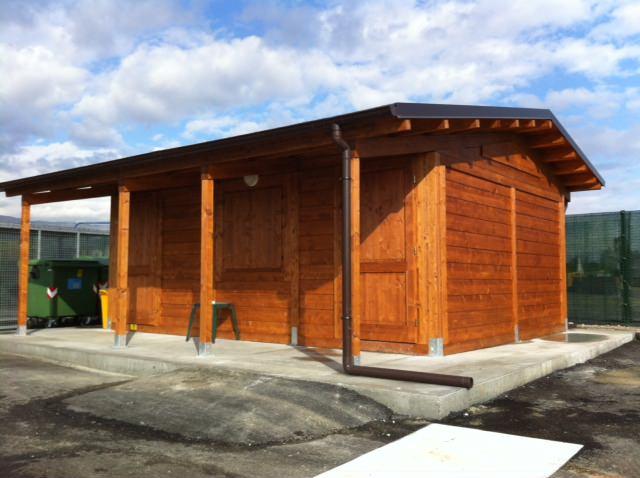 Casa in legno isolata con veranda e bagno - Edil Legno