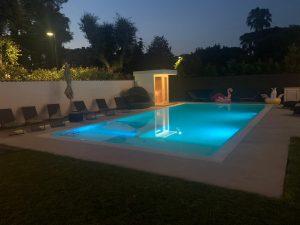 sauna da esterno bordo piscina